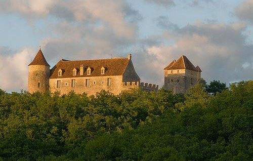 Medieval château fort for sale in the Quercy, France - For sale at 3,500,000 Euros. Ref 171153003