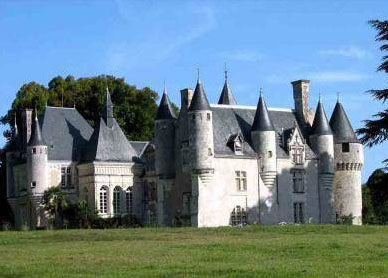 Château for sale in Indre-et-Loire, Tours, France - For sale at 2,700,000 Euros
