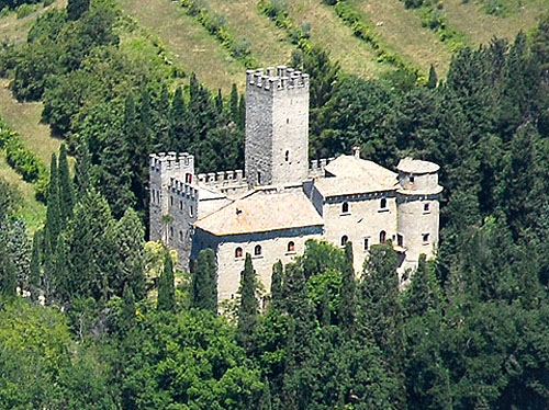 The Castle of Carbonara in Umbria, Italy - For sale at 7,500,000 Euros - www.castlesandmanorhouses.com