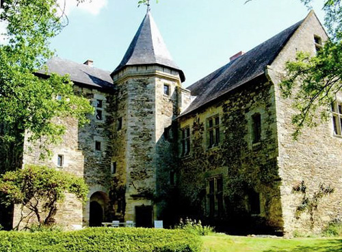Château Chanzé, Faye-d'Anjou, France - For sale at 2,370,000 Euros - www.castlesandmanorhouses.com