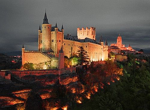 The Alcázar of Segovia (Segovia Castle) is located in the old city of Segovia, Spain. - www.castlesandmanorhouses.com