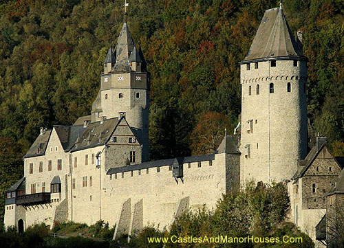 Altena Castle, Altena, Germany. - www.castlesandmanorhouses.com