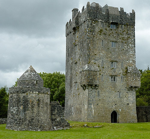 Aughnanure Castle, County Galway, Ireland - www.castlesandmanorhouses.com
