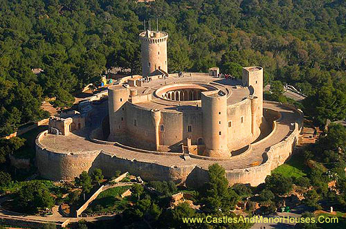 Bellver Castle. northwest of Palma, Majorca, Balearic Islands, Spain. - www.castlesandmanorhouses.com