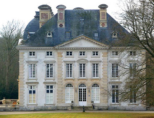 Chateaux for sale buy your own chateau for Manors for sale in usa