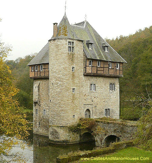 Carondelet Castle near the village of Crupet, north of the city of Dinant, in the province of Namur, in the Wallonia region in Belgium. - www.castlesandmanorhouses.com