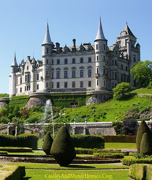 Dunrobin Castle, north of Golspie, Highland area, Scotland - www.castlesandmanorhouses.com