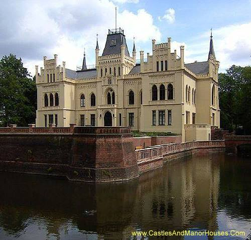 The Evenburg, Loga (or Leer), Lower Saxony, GERMANY - www.castlesandmanorhouses.com