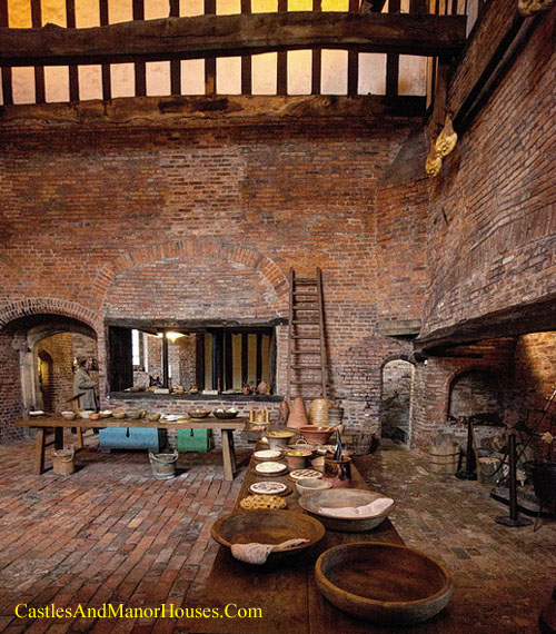 Medieval Kitchen, Gainsborough Old Hall, Gainsborough, Lincolnshire, England. - www.castlesandmanorhouses.com
