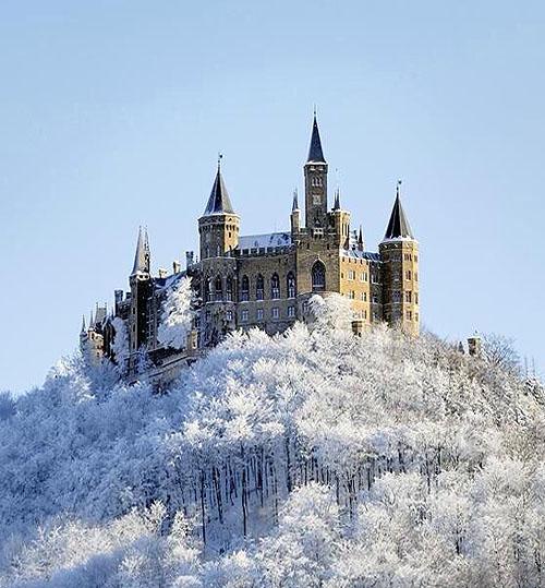 Schloss Hohenzollern (Hohenzollern Castle), 72379 Burg Hohenzollern, Hechingen, Baden-Wurtemberg, Germany - www.castlesandmanorhouses.com