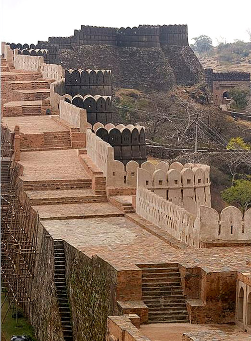 Kumbhalgarh Fort, Rajsamand District, Rajasthan state, India. - www.castlesandmanorhouses.com