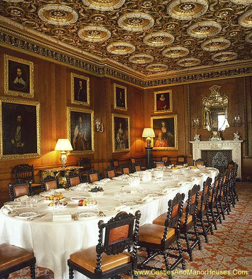 Dining Room, Longleat House adjacent to the village of Horningsham, Wiltshire, England - www.castlesandmanorhouses.com
