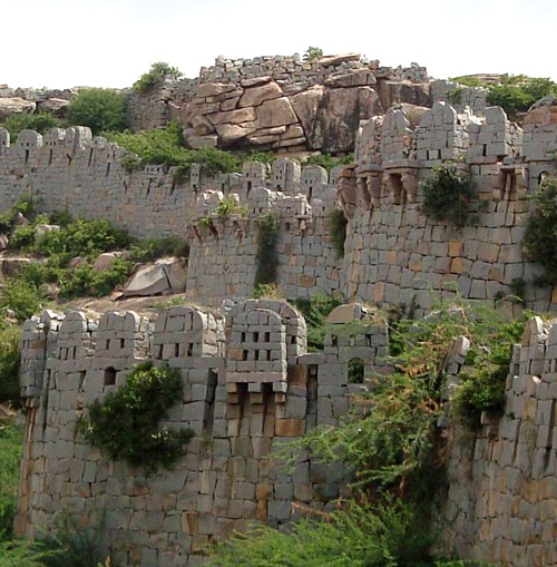 Mudgal Fort, Lingsugur taluk, Raichur district, Karnataka, India - www.castlesandmanorhouses.com