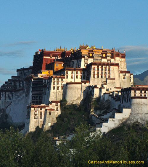 The Potala Palace, Lhasa, Tibet - www.castlesandmanorhouses.com
