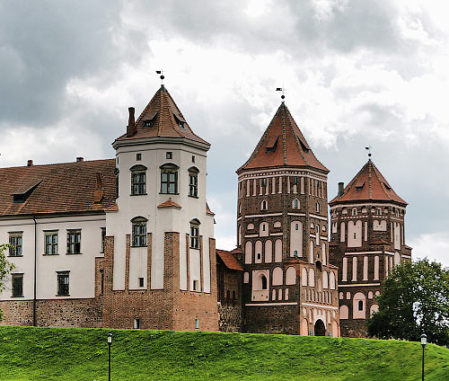 Mirsky Castle Complex, Mir, Karelichy District of the Hrodna voblast, Belarus - www.castlesandmanorhouses.com