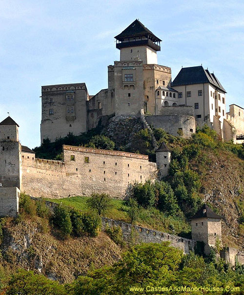 Trencín Castle, [Trenciansky hrad (Slovak) trencséni vá, (Hungarian)], Trencín, western Slovakia. - www.castlesandmanorhouses.com