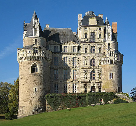 Types And History Of Castles Castles Around The World
